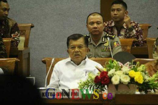 Tanggapi Pidato SBY, JK: Bawa Ketawa Saja, hehe...
