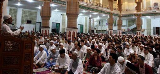 Sertifikasi Penceramah, Kenapa Hanya Diberlakukan untuk Islam Saja?