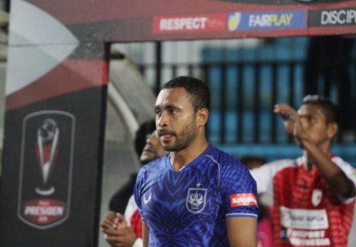 Arthur Bonai Absen Lawan Kalteng Putra FC