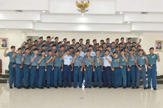 Perwira Mahasiswa Angkatan XL Ikuti Matrikulasi di ITS
