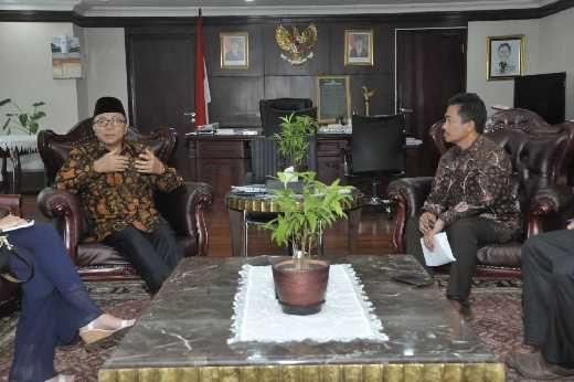 Ketua MPR : Atasi Perbedaan Dengan Musyawarah Bukan Amarah