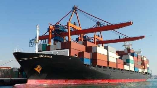Ekonom: Pemerintah Harus Dengarkan Industri, Jangan Istimewakan Importir, Jangan Sungkan Tiru Amerika dan Eropa