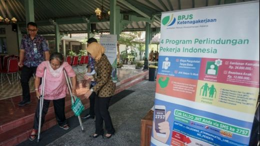 Beratkan Wong Cilik, Eks Relawan Jokowi Kecewa atas Naiknya Iuran BPJS