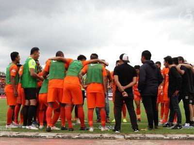 Borneo FC Perkenalkan Kostum Baru di Laga Terakhir