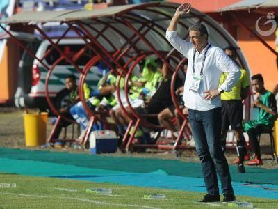 Arema FC Ditangani Milomir Seslija