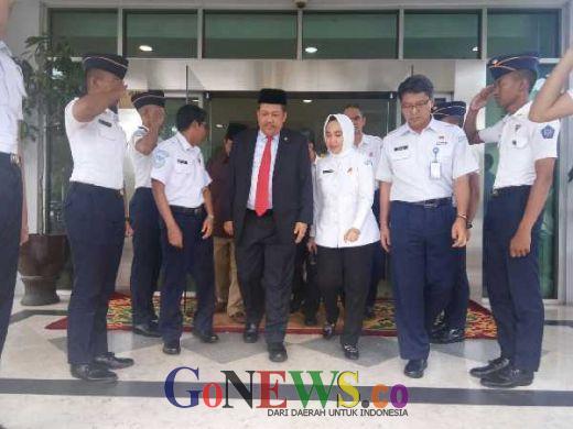 Agar Rakyat Tak Was-was, Fahri Hamzah Minta BMKG Banyak Bicara