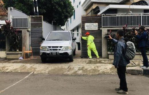 Polisi Keluar Masuk DPP PDIP, Kantor Tertutup Rapat