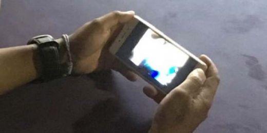 Heboh, Video Mesum Siswi SMA Beredar Lewat HP, Warga Kenal Wajah Itu