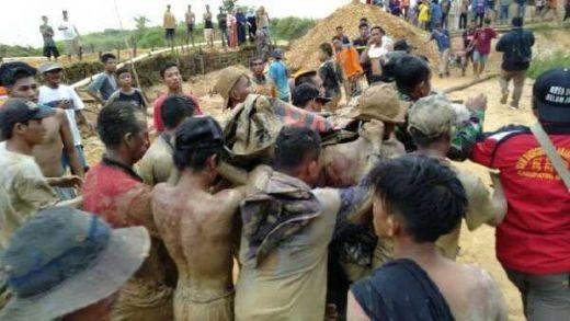 Longsor di Banjar Kalsel, Dua Orang Tewas dan Tiga Orang Masih Hilang