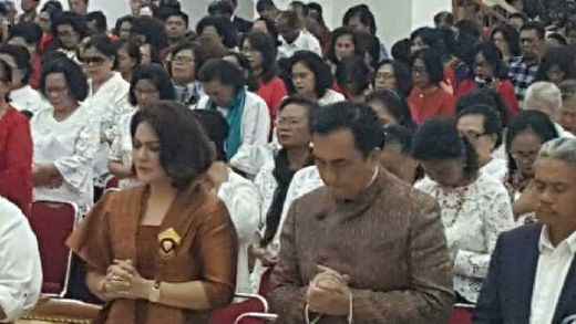 3.000 Lebih Jemaat HKBP Jaktim, Doakan Effendy Simbolon Lolos Kembali ke Senayan