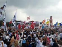 Wak Kaji Rhoma Irama Goyang Ribuan Pendukung Prabowo-Sandi di Palembang