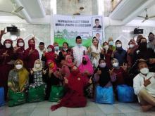 Sambut Ramadan, Fadel Hidupkan Tradisi Bernilai Kebangsaan dengan bagi-bagi Sembako