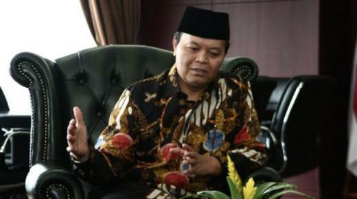 Biar Fokus Tanggulangi Covid-19, HNW Desak Jokowi dan DPR Tarik RUU HIP dari Prolegnas