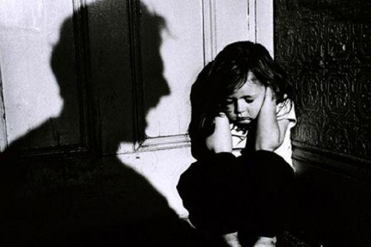 Polisi Bekuk Ayah yang Bekap Dua Balita Perempuannya sembari Memegang Pisau