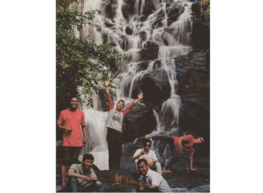 Jangan Ngaku Traveler Kalau Belum Berkunjung ke Curug Kanoman Gringgingsari