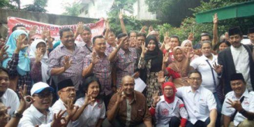 Wah Ada Ini... Ratusan Relawan Jokowi Deklarasikan Dukungan pada Anies-Sandi