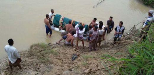 Innalillahi... Seberangi Sungai untuk Antar Jenazah ke Pemakaman, Pelayat Malah Tewas Terbawa Arus