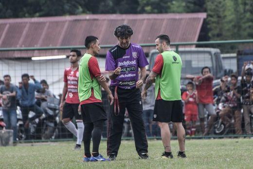 Teco Fokus Kembalikan Kondisi Fisik Pemain Bali United