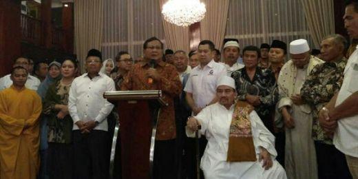 Prabowo Kumpulkan Sejumlah Tokoh di Rumahnya Senin Malam, Ini Tujuannya