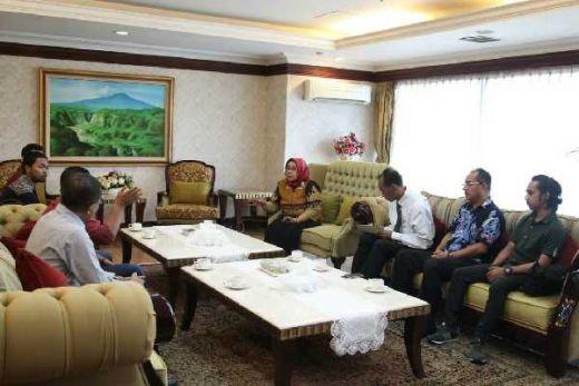 Ribuan Guru Honorer Mandailing Natal, Sumatera Utara, Terancam Tidak Terdaftar CPNS Tahun 2018