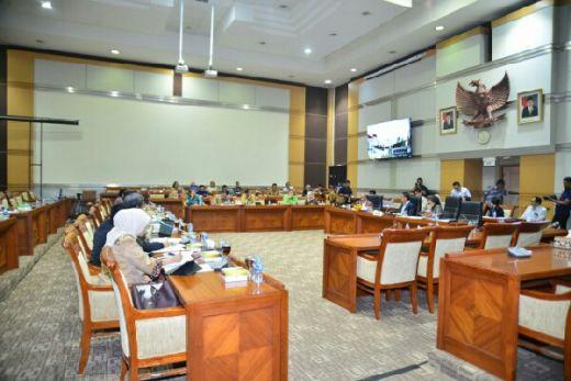 Capim KPK akan Diminta Tandatangani Kontrak Politik dengan DPR
