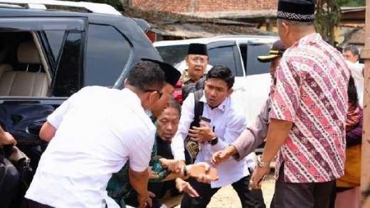 Menkopolhukam Wiranto Ditusuk Pakai Pisau Kecil