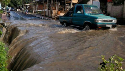 Polisi Berpangkat AKBP Tewas Terseret Banjir