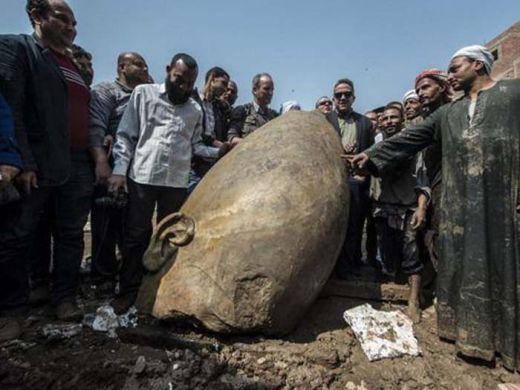 Patung Raksasa Firaun Berusia 3 Ribu Tahun Ditemukan di Kairo