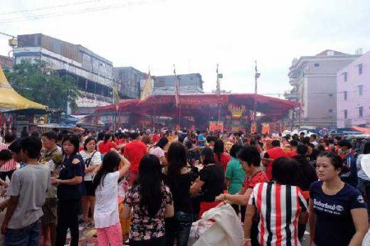 Puncak Festival Bakar Tongkang, Ribuan Wisatawan Padati Kota Bagansiapiapi