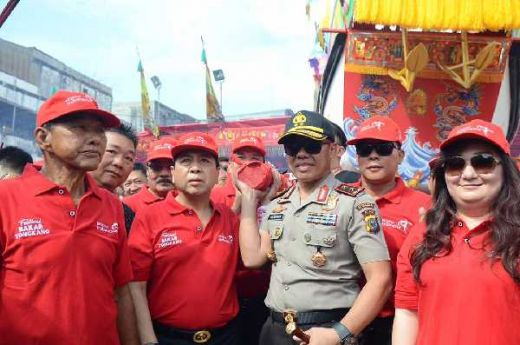 Nak Tengok Festival Bakar Tongkang, Setya Novanto Diminta Warga Perbaiki Jalan di Bagansiapiapi