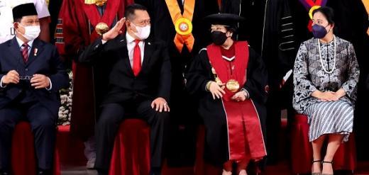 Gelar Profesor Kehormatan untuk Bu Mega Kebanggaan Keluarga Besar PDIP