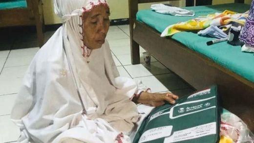 Rajin Menabung Bertahun-tahun, Nenek Penjual Kacang Ini Bisa Berangkat Haji