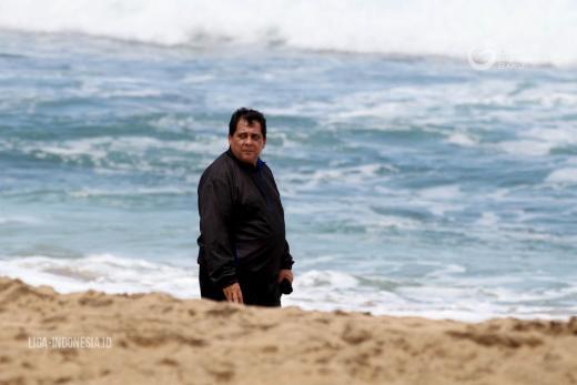 Carlos Oliviera Susun Program Latihan Taktik dan Strategi