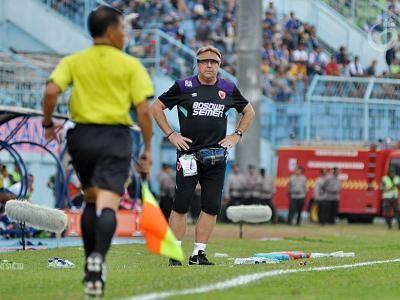 Robert Alberts Mundur Dari Pelatih PSM Makassar