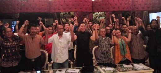 Aktivis Lintas Generasi Pro Demokrasi Desak Jokowi Segera Berhentikan Ahok!