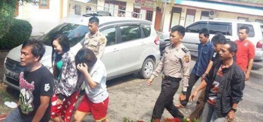 Sekdes dan Kades Ditangkap Polisi Sedang Pesta Narkoba Bersama 2 Wanita