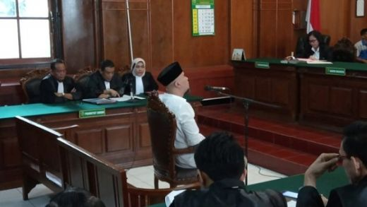 Jaksa dan Pengacara Ahmad Dhani Ricuh di PN Surabaya