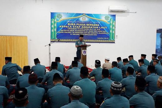 Kasal Buka Bersama Dengan Prajurit Lantamal IV