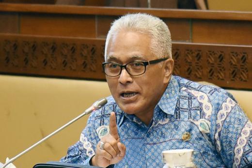 DPR Geram, Sopir Masuk Sumbar Lewat Riau Dipaksa Bayar Upeti ke Oknum Petugas Penjaga PSBB