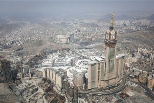 Arab Saudi Bantah Larang Jamaah Umrah Qatar Masuki Masjidil Haram