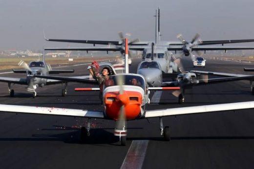 Lanudal Juanda Rayakan Hut Ke-55, Tabur Bunga Gunakan Pesawat