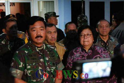 Padamkan Api Karhutla, Oktober Mendatang Panglima TNI Siap Tabur Garam di Langit Riau