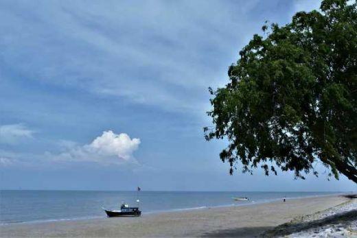 Yang Punya Anak Isteri atau Pacar, Yuk Merapat ke Festival Pantai Rupat Sabtu Besok!