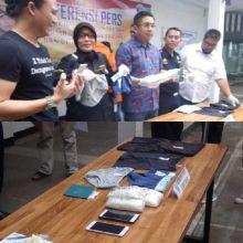 ini-penampakan-sabu-dan-celana-dalam-milik-tersangka-jaringan-narkoba-malaysia-yang-ditangkap-polda
