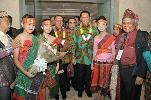 Ketua MPR Dukung Ulos Masuk UNESCO World Intangible Cultural Heritage