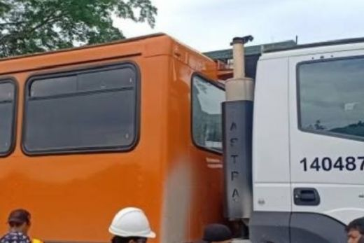 Bus Karyawan Freeport Ditembak OTK