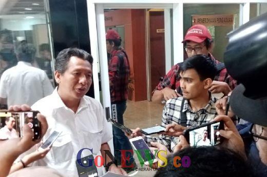 Buntut Pengakuan Eks Bupati Lampung Tengah, Aziz Syamsudin Dilaporkan ke MKD