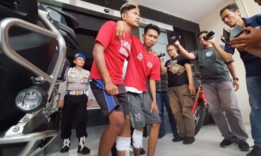 Melawan Petugas, Kakak Beradik Begal Motor Bercelurit di Surabaya di Dor Polisi