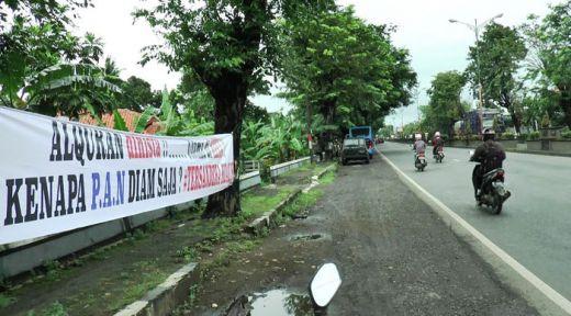Jelang Pencoblosan, Jalur Pantura Banjir Spanduk Provokatif