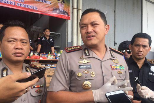 Polisi Tangkap Enam Pengedar Sabu saat Mengacak-acak Kampung Ambon